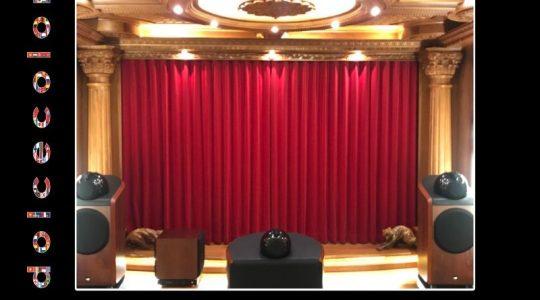 Vải Nhung Nội Thất Hoàng Gia Cho Sân Khấu